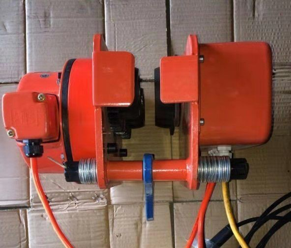 Тележка электрическая для талей электрических DHP 1 т